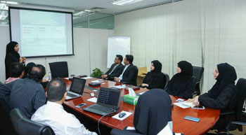 DEWA receives delegation from Sharjah Electricity and Water Authority