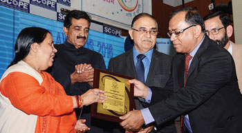 Tata Power honoured with ´Outstanding Performance´ award