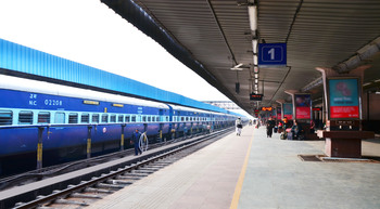 750 railway stations to be solarised